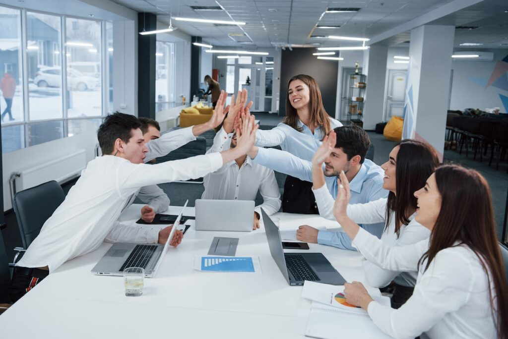 Organizando a equipe estratégica de vendas da empresa
